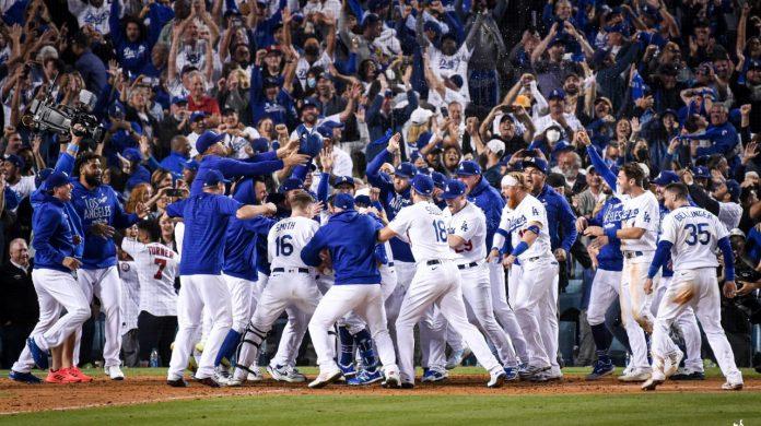 Los Angeles Dodgers (2)