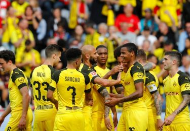 Pronóstico Augsburg x Borussia Dortmund